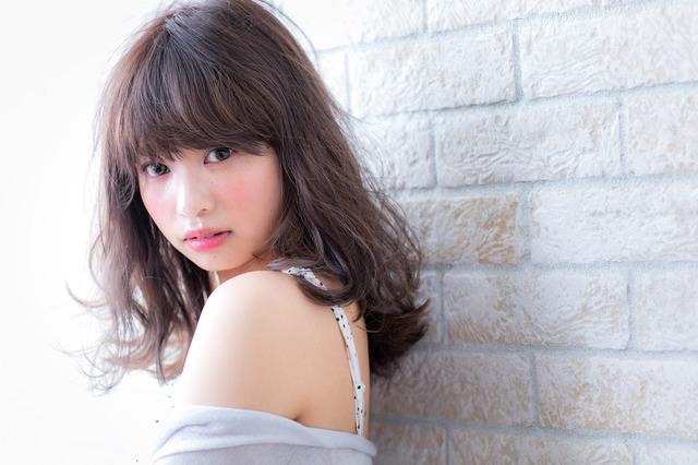 【AVEDA】ゴールド カラーカット+トリートメント+毛穴洗浄¥15090